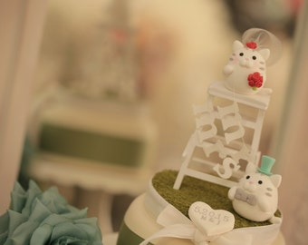cat and kitty wedding cake topper