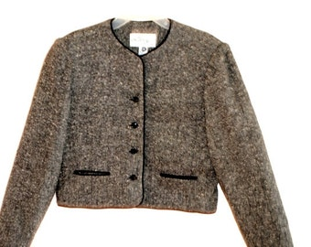 Classy vintage 70s grey  wool blend , box style cropped jacket . Made by Lanz originals.Size 6.