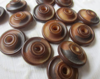 Vintage Buttons - Collector lot of 14 matching 1940's whistle buttons, brown vegetable ivory SEPT 341)
