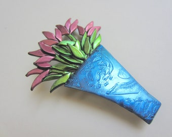 Vase of pink tulip flowers bouquet pin brooch