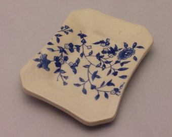 Floral soap dish/spoon rest