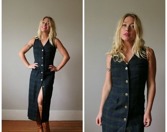 ON SALE 1980s Tartan Plaid Dress >>> Size Extra Small to Small