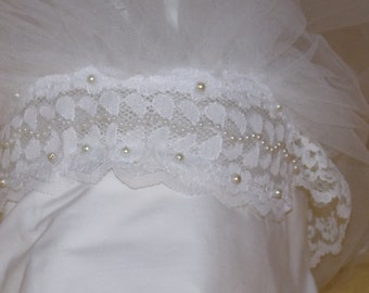 1979 bridal wedding white tulle lace hems veil, very full, headpiece lace faux pearl