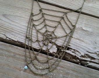 spiral spiderweb necklace // chain spiderweb necklace // halloween jewelry // spider web necklace // bib necklace // HEY02W
