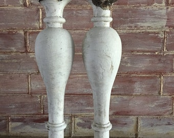 TW0(2) RECLAIMED Wood Balusters SHABBY Candle Stands Crusty White Vintage Chic 2587-15