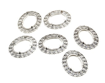 5 Pieces of Antiqued Sterling Silver Plated Filigree Cameo Settings with Scalloped Edges and Prongs - 18x25mm