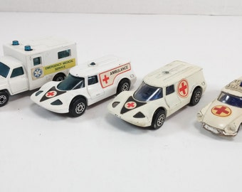 Vintage rescue Team Fire Department, Paramedic Ambulance, 4  toy cars  White