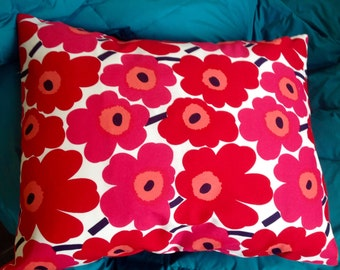 "Cushion cover, MINI Unikko Red flowers. 16"" x 20"""