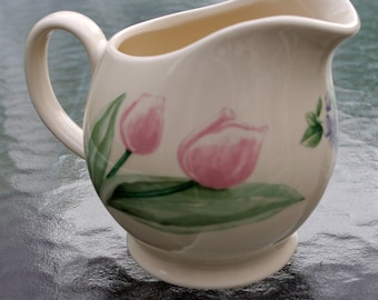 Pfaltzgraff Garden Party Pitcher Gravy Boat