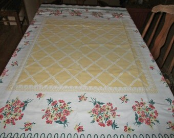 "Great 1950s Tablecloth, Cotton, Yellow  Lattice Pattern in Center, Green Loops in Border, Red, Yellow Flower Bouquets, 48"" x 42"""