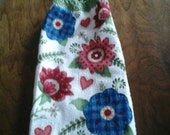 Double Hanging Crocheted Kitchen Towel / Country Flowers Hanging Kitchen Towel / Hanging Towel / Everyday Hanging Towel / Kitchen Towel