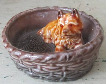 Cairn in Basket - Vintage Wade England China Pin Dish