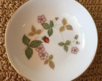 Wedgwood Wild Strawberry Dish