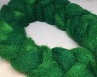 It's Not Easy Being Green - 4oz - 114g - Carded Alpaca-Montadale 40-60 Roving