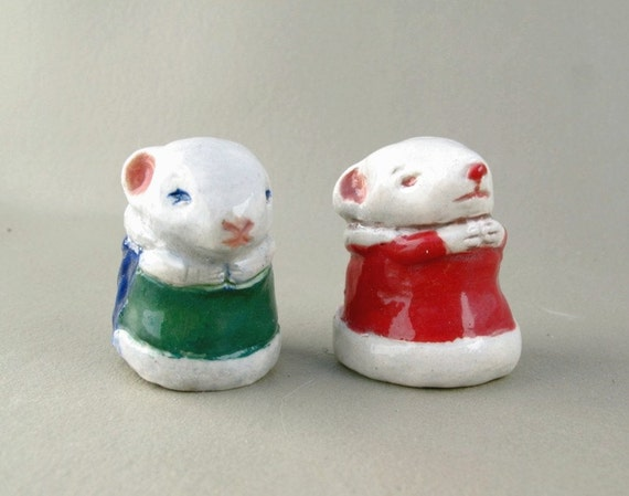 Holiday Mice Ceramic Figurine Sculpture, Pocket Pet Mouse, Porcelain Tiny Mouse Figure, Christmas Art