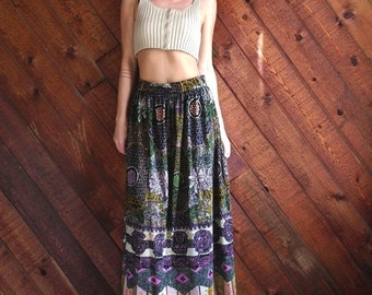 20% OFF mid-season ... Ethnic Floral Printed Brushed Velvet Maxi Skirt - Vintage 60s 70s - S M