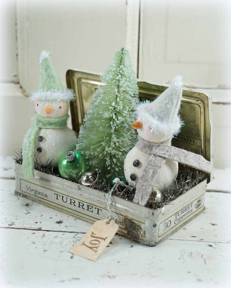 Old Style Christmas Decorations: Snowman // Christmas Decor // Ornament // Vintage Style
