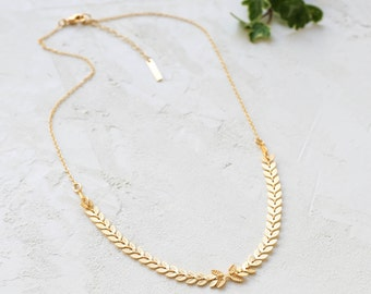 Evergreen Necklace, Chain Necklace, Link Necklace, Leaves Necklace, Long Gold Plated Necklace, Leaf Pattern Necklace, Botanical Necklace