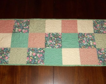 Green Floral, Table Topper, Spring Decor, Sale Priced, Dining Table  Décor, Quilted Table Runner, 16x37 inches, Machine Quilted