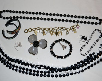 Jewelry Collection Midnight in Paris.....Nine Pieces