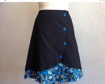 SALE Donna ruffle front skirt Sz 14