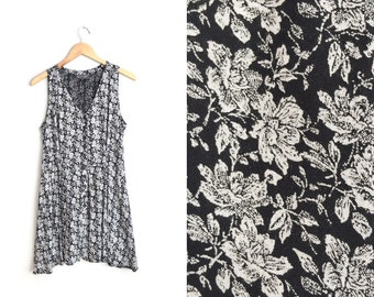 SALE // Size M // FLORAL ROMPER // Black & White Print - Sleeveless - Button-Up Front - Rayon - Vintage '90s Grunge.