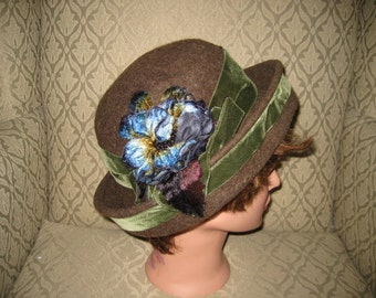 Vintage Brown Wool Hat with Velvet Ribbon and Flower