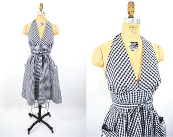1970s dress vintage 70s does 50s black white gingham pin up halter wrap sundress S