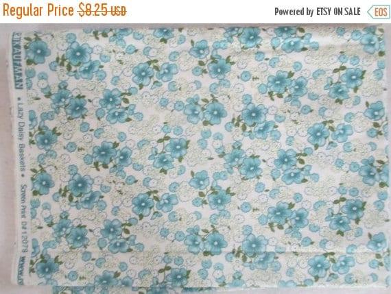 SALE Blue Flower Lazy Daisy Fabric - 3/4 yd - 30's Reproduction Fabric - Darlene Zimmerman