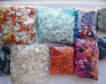 15 Pounds Buttons Various Sizes and Colors For Crafts and Sewing Lot 1