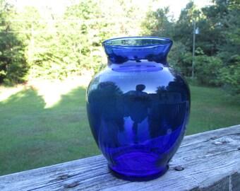 Vintage Cobalt Glass Bouquet Vase--Ginger Jar Style Vase--Colored Glass Flower Vase--Cottage Chic Garden Collectible--Shabby Porch Decor