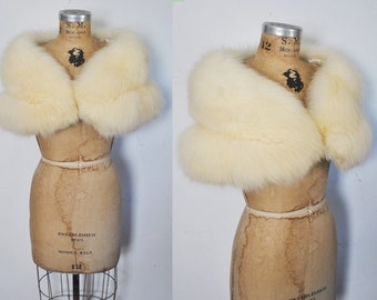 Cream Fur Stole Cape / FOX Capelet / bridal or party