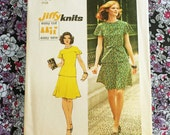 """Simplicity 6081 vintage 1973 misses top and skirt set // 36"""" bust"""