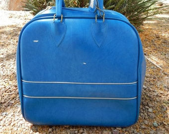 Vintage Colonial Blue Bowling Bag With Gold Piping