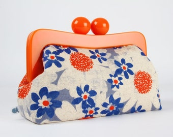 Resin frame clutch bag - Daisy fields in blue - Awesome purse / Orange frame / Japanese fabric / EXCLUSIVE Melody Miller new collection
