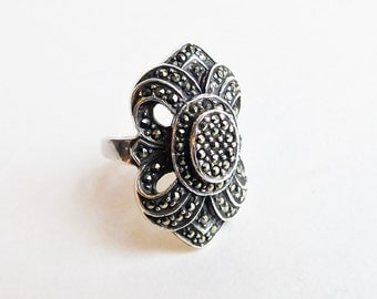 Vintage Art Deco Sterling Silver Marcasite Ring - Size 6 Silver Ring - Cast Silver Ring - Large Sculptured Design - 1930s Glittering Beauty