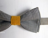 Men bow tie - Wool bowtie - Italian bowtie -  Pre tied bow tie - Made in Italy - Houndstooth - Saffron, neutral and brown.