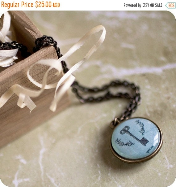 Personalized word necklace - Name, initials, quote - Skeleton key necklace (N037)