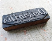 ONE vintage type press block - letter press - advertising - NO327