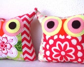 TWO/Polyfil Stuffed little owl pillows/Set of two/ 2 owl pillows /red/ pink /green/decoration/collection - Ready to ship