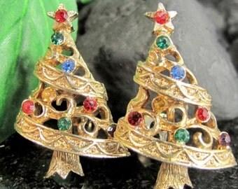 Vintage RHINESTONE CHRISTMAS TREE Earrings Holiday Rhinestones Gold Tone Clip On