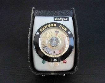 Vintage Soligor Sensor CDS Photo Exposure Meter with Case.  Circa 1960's.