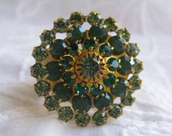 Emerald Green Swarovski Crystal Cocktail Ring Size 6.5