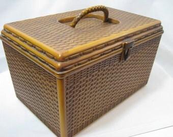 Vintage Wil Hold Wilson Plastic Faux Wicker Sewing Basket
