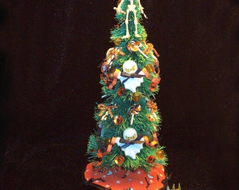 1/12 Scale (Dollhouse) Decorated Halloween Tree with skeleton, ghosts, candy treats, paper chain, tree skirt - Indoor Fairy Garden