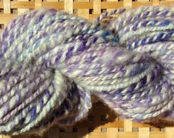 Hand Spun Romney Wool Yarn 62 yards 6-8 wpi Purple Ivory