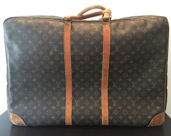 Beautiful Vintage LOUIS VUITTON Soft Sided Suit Case * 25 x 18 x 9
