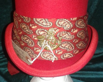 Steampunk  ' Simply Red'  Top Hat