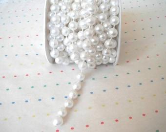 Large White Pearl Trim, 10 mm - 6 Yards