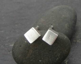 Sterling silver cube stud earrings. Silver Cube earstuds. Minimalist style earrings.